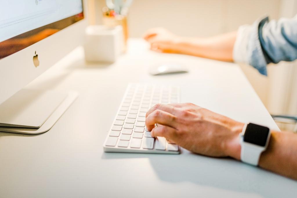 bureau ordinateur clavier